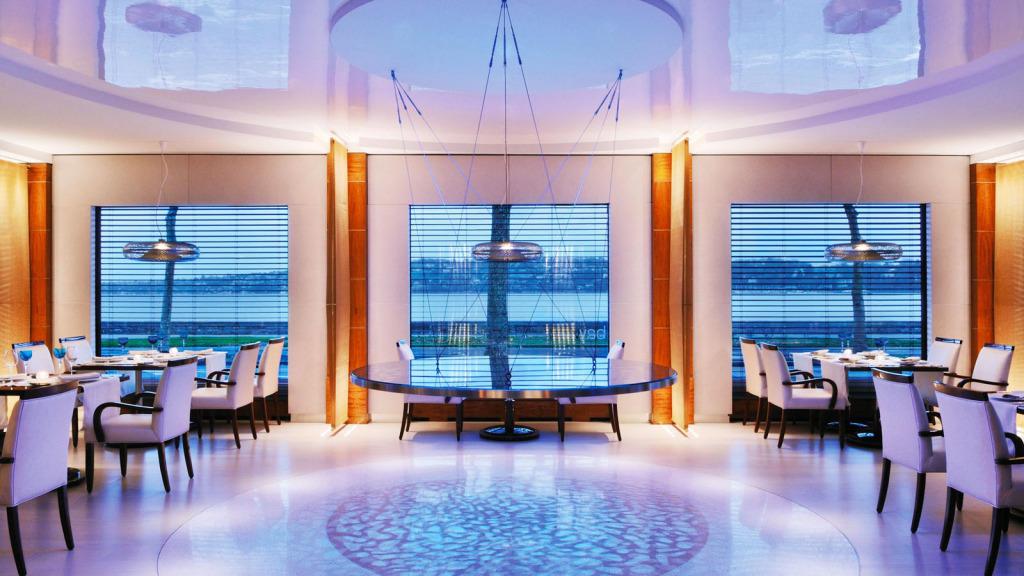 Hotel-President-Wilson-Restaurant-Bay-Hotel-President-Wilson-iew-lux1274re101715