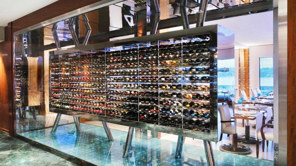 Hotel-President-Wilson-Restaurant-Bay-View-Weinkeller--lux1274re1017162